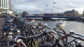 Bikes and boats: the way of Holland