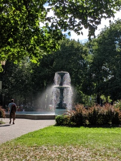 beautiful fountains in parks